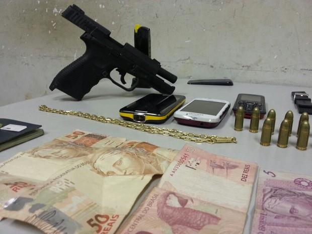 arma (Foto: Polícia Militar)