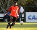 Sacado do time, Paulo Roberto admite necessidade de melhora no Sport