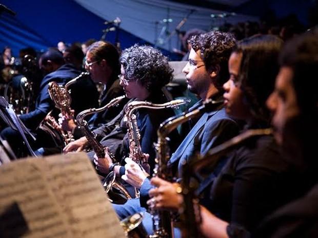 Orquestra Carlos Gomes de Música Popular (Foto: Tiago Gomes)