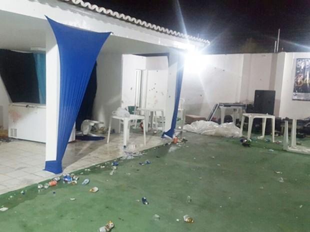 Baile aconteceu em uma casa de recepções no bairro Boa Vista (Foto: PM/Divulgação)