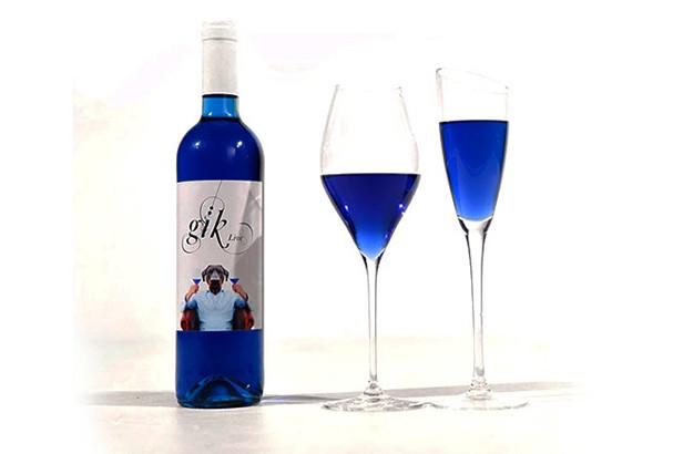 Vinho azul da empresa Gik Live (Foto: Divulgação)