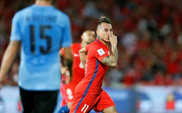 Vargas, Chile x Uruguai (Foto: Reuters)