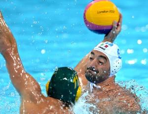 Maurizio Felugo, Itália e Rhys Howden, Australia, Polo Aquático (Foto: Agência AFP)