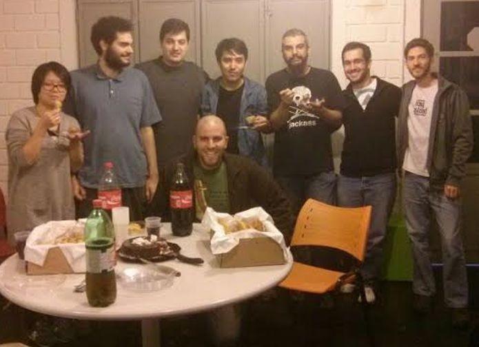 Equipe do Flux Game Studio, responsável por Escravo, Nem Pensar! (Foto: Arquivo Pessoal)
