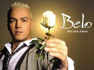 Belo em capa do disco 'Pra ser amor', de 2010 (Foto: Divulgação)