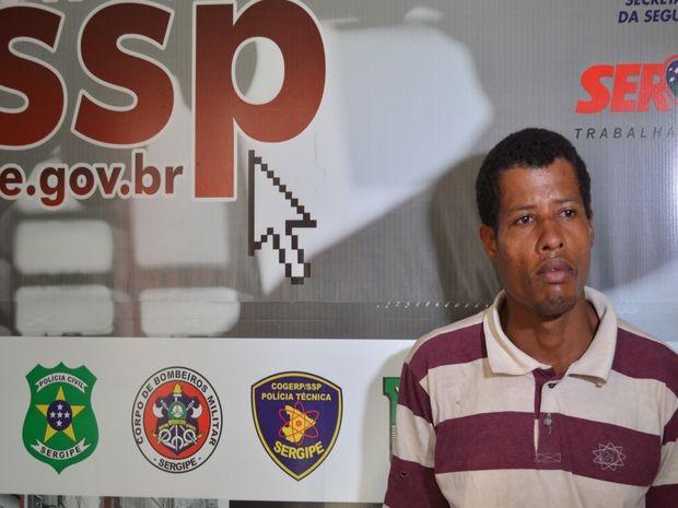 'Não matei ninguém e nunca me envolvi com drogas', afirma Carlos Alberto  (Foto: Marina Fontenele/G1)