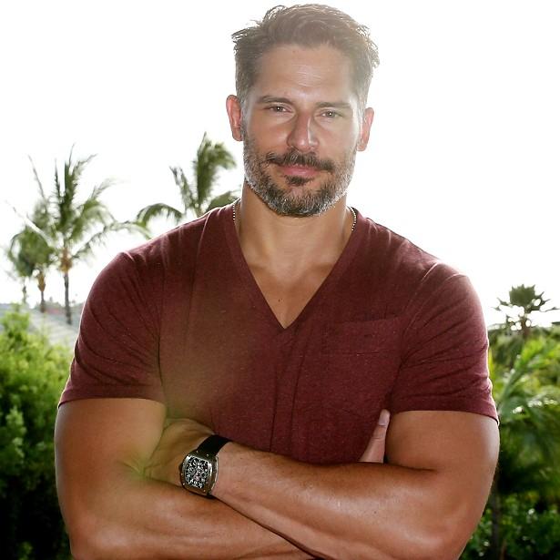 O ator de 37 anos Joe Manganiello, da série 'True Blood', tem um dos corpos masculinos mais admirados atualmente em Hollywood. Pudera: malha tanto que precisa deixar os músculos descansando durante parte da semana só para voltar com potência máxima à academia. (Foto: Getty Images)