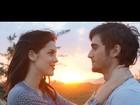 Sophia Abrahão posta foto romântica com Fiuk e se declara com música