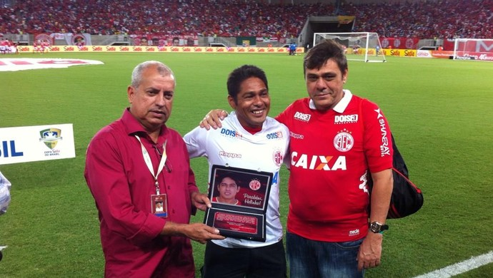 Helinho - ex-atacante do América-RN (Foto: Augusto Gomes/GloboEsporte.com)