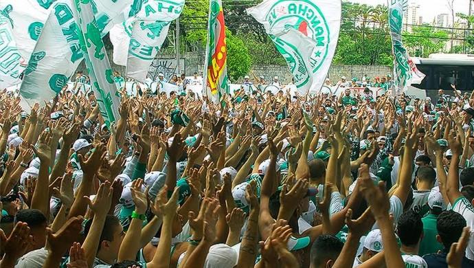 159acfa36e Palmeiras encerra preparação em dia de festa e apoio da torcida