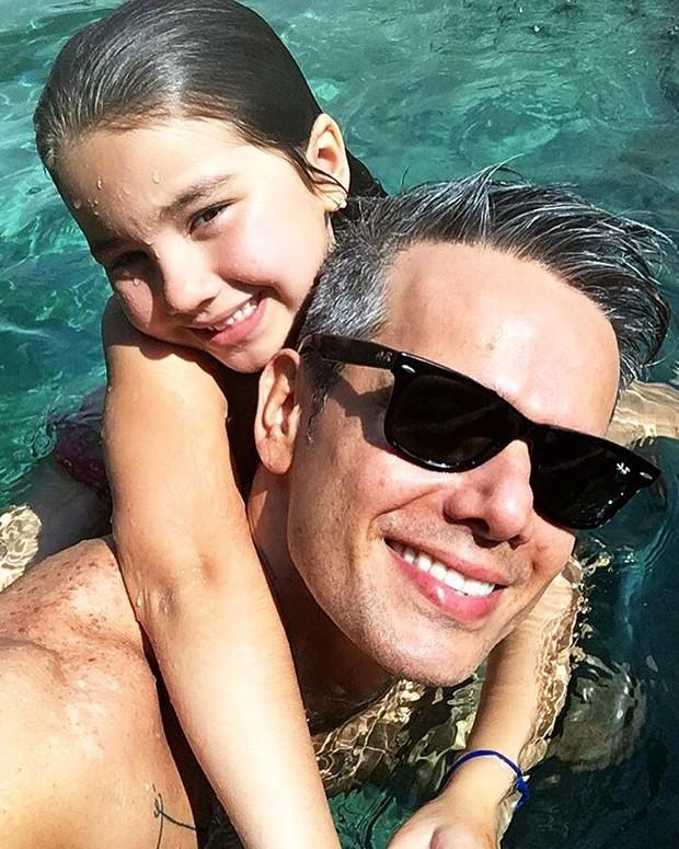 Otaviano Costa com a filha (Foto: Instagram / Reprodução)