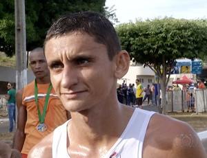 Antônio Wilson, vence 1ª Corrida de Porto Nacional  (Foto: Reprodução/TV Anhanguera)
