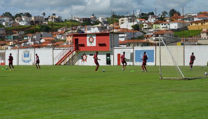 Boa Esporte cancela treinos da equipe após decisão do STF sobre o goleiro Bruno (Foto: Lucas Soares)