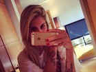 Monique Evans comenta tatuagem de Bárbara Evans: 'Surpresa linda'