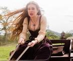 Marina Ruy Barbosa grava uma cena de 'Deus salve o rei' | Rede Globo / Tatá Barreto