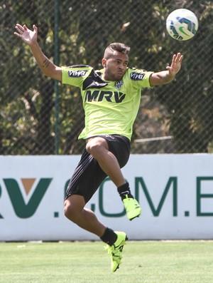 Volante Rafael Carioca durante treinamento na Cidade do Galo (Foto: Bruno Cantini/Flickr do Atlético-MG)