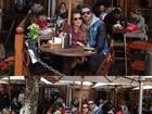 Adriana e Rodrigão curtem viagem romântica: 'Congelando e adorando'