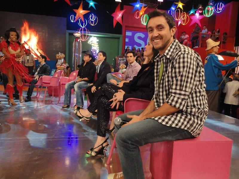 Ricardo Fela no programa Esquenta (Foto: Produção Revista de Sábado / TV TEM)