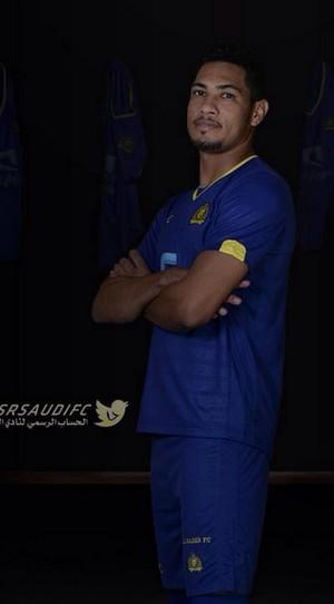 Hernane camisa Al Nassr (Foto: Reprodução/Twitter)