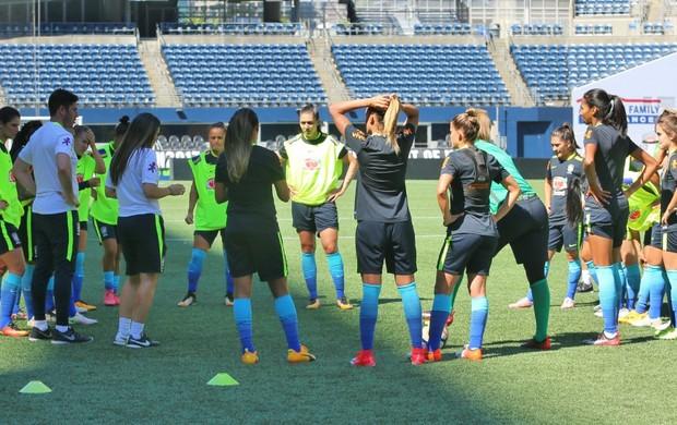 Treino da seleção brasileira feminina