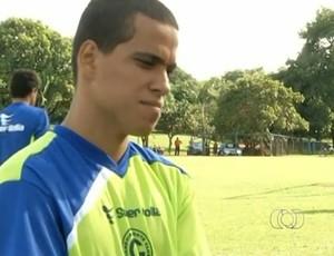 Wendell Lira, atacante do Goianésia (Foto: Reprodução/TV Anhanguera)