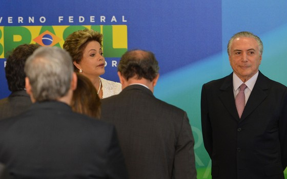 Dilma Rousseff (PT) e Michel Temer (PMDB): presidente e vice anunciam reforma ministerial (Foto: Antonio Cruz / Agência Brasil)