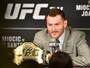 """Curtinhas: campeão do UFC, Miocic faz desafio a Joshua: """"Sem desculpa"""""""