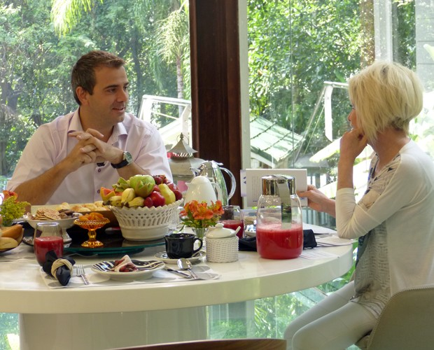 Rodrigo Alvarez foi convidado para o café da manhã com Ana Maria (Foto: Mais Você/TV Globo)