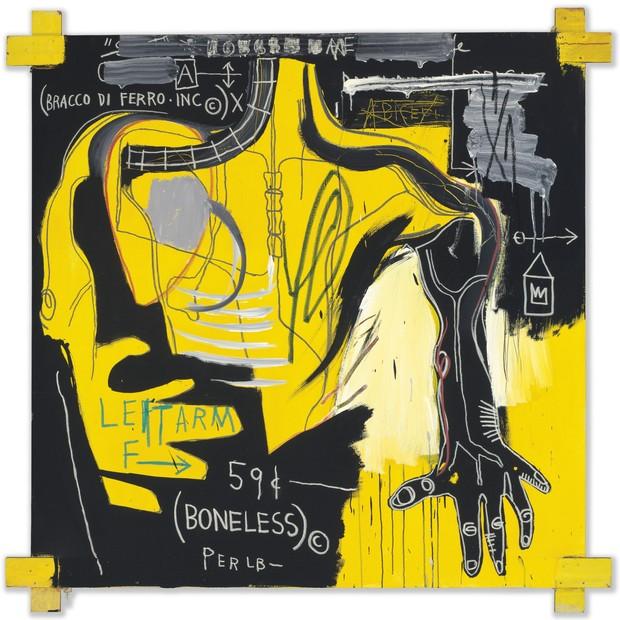 Basquiat: em telas de grandes formatos, evidenciam-se algumas das obsessões do artista como os membros humanos (Foto: Divulgação/ The Estate of Jean-Michel Basquiat. Licensed by Artestar, New York. )