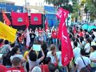 Trabalhadores e estudantes fazem ato contra a PEC 241 em praça de Cuiabá