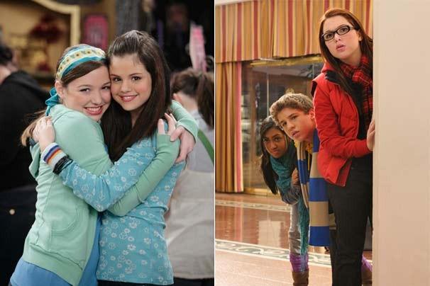 """Jennifer com Selena Gomez em """"Os Feiticeiros de Waverly Place"""" e no filme """"Harriet, A Espiã: Guerra dos Blogs"""" (Foto: Reprodução/Disney Media Distribution)"""