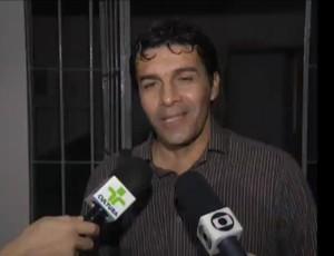 Izaias Almeida, treinador da Queimadense (Foto: Reprodução / TV Paraíba)