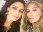 É muita beleza! Maria Fernanda Cândido posa com Adriane Galisteu