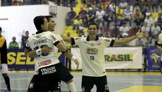 Corinthians comemora título da Taça Brasil (Foto: Zerosa Filho / CBFS)