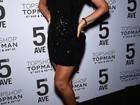 Beyoncé usa vestido curtinho para ir a evento em Nova York
