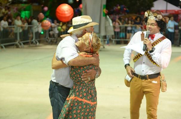 Muitas brincadeiras marcaram a abertura do Festival Clube de Quadrilhas (Foto: Rede Clube)