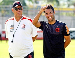 Ibson e Joel Santana no treino do Flamengo (Foto: Márcia Feitosa / Vipcomm)