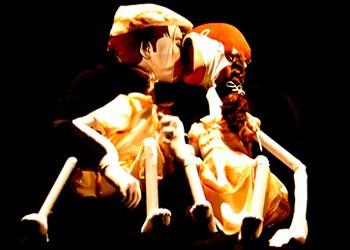 """Cena de """"O Realejo"""", peça que estreou em 2005 (Foto: Divulgação)"""