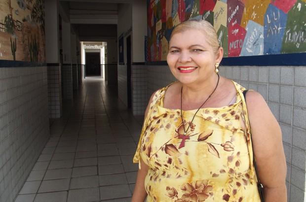Maria Eneide se tornou professora após passar pelo curso de alfabetização (Foto: Fernanda Zauli/G1)