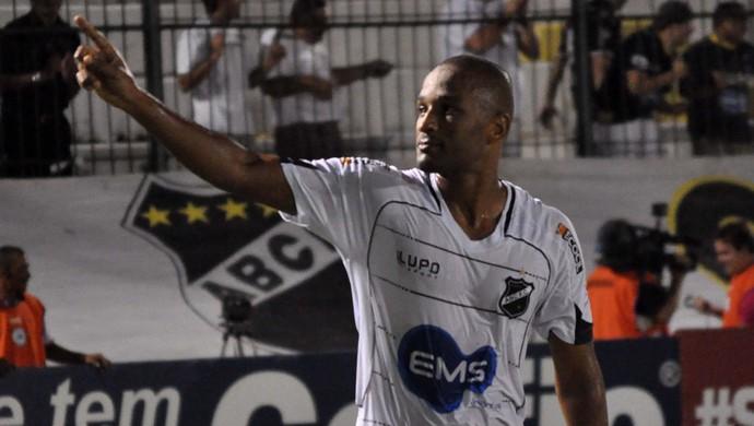 Rodrigo Silva, atacante do ABC (Foto: Divulgação/ABC)
