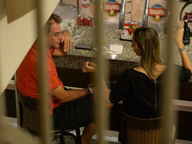 Ex-BBB Thyrso Mattos em padaria em São Paulo (Foto: Francisco Cepeda/ Ag. News)