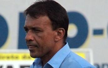 Ferreira, ex-Confiança, Itabuna e Colo-Colo, é o novo técnico do Galo
