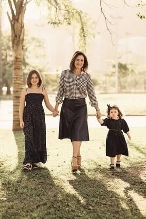 Renata e as filhas, Lily e Diana (Foto: Foto: Pedro Loreto)