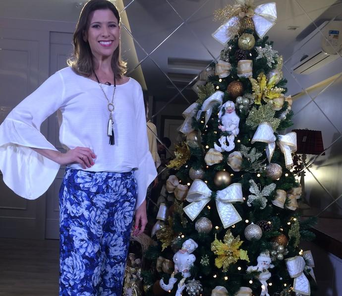 Camille Reis mostra opções de decoração para o Natal (Foto: Mistura/RBS TV)