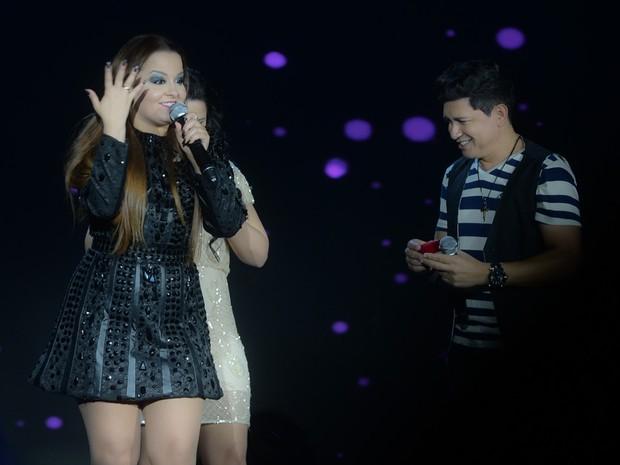Maiara em show em Itatiba, interior de São Paulo (Foto: Francisco Cepeda/ Ag. News)
