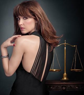 A bela advogada Ellen Parsons (Rose Byrne) está sempre do lado da Justiça (Foto: Divulgação Sony)