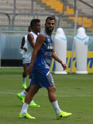 Maicon treino do Grêmio (Foto: Eduardo Moura/GloboEsporte.com)