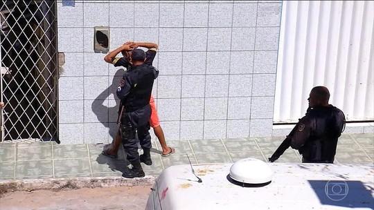 Polícia faz operação em bairro dominado por facção em Natal