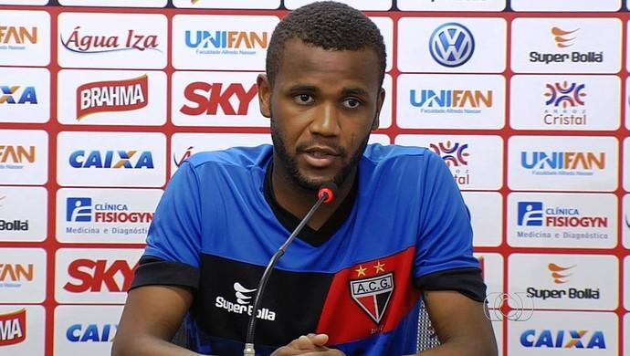 Willie, atacante do Atlético-GO (Foto: Reprodução/TV Anhanguera)
