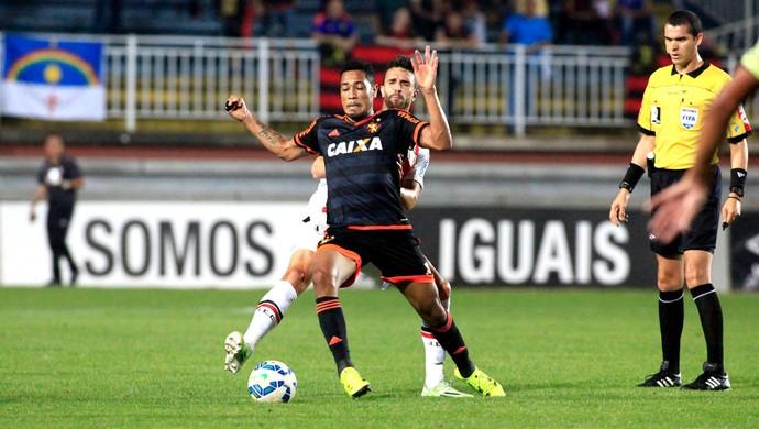 Joinville x Sport (Foto: Carlos JR/Futura Press /Estadão Conteúdo)
